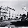 Scott memorial, corner of Worcester Street and Oxford Terrace, Christchurch : the Clarendon Hotel can be seen on the left next to the Public Trust Office [194-?