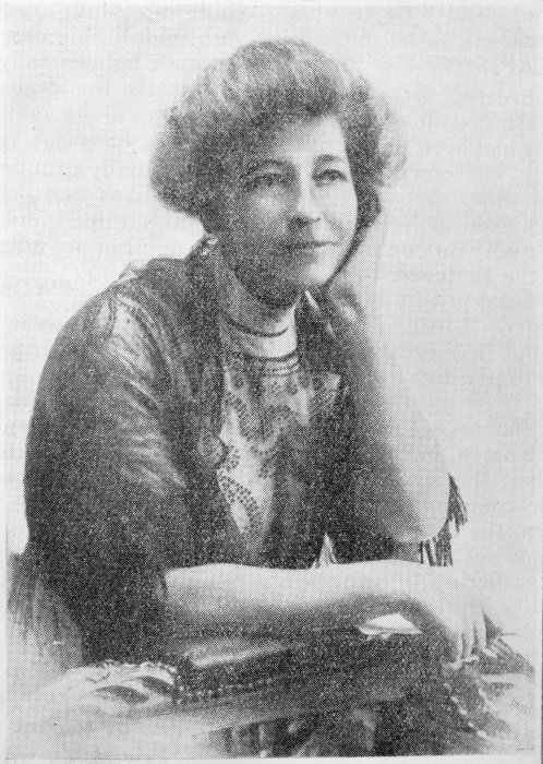 Photograph of Ada Wells from Woman Today magazine. Ref: 1/2-C-016534-F. Alexander Turnbull Library, Wellington, New Zealand. /records/22728937
